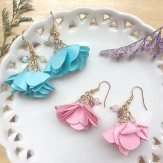 Zoe's forest Flower Dangle Earrings Pink Blue Green
