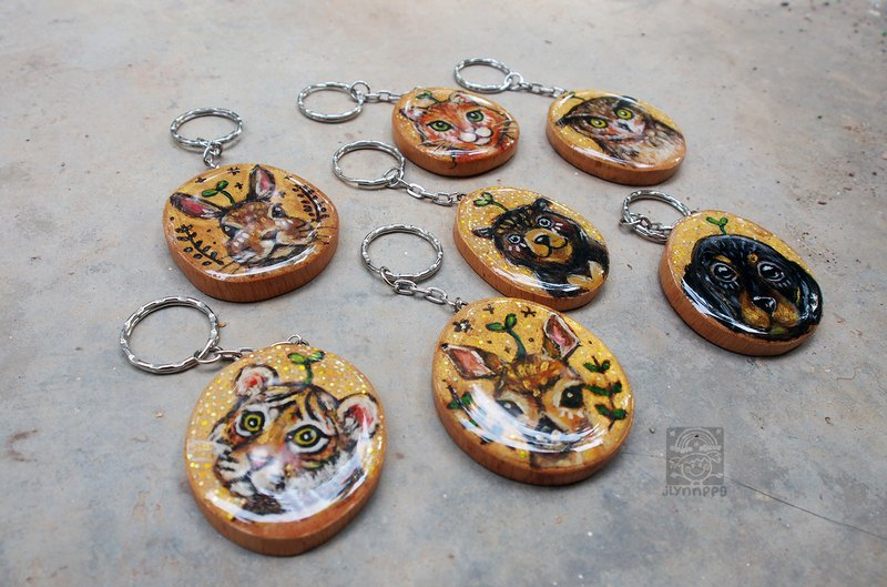 handpainted pet / spiritual animal wooden keychain