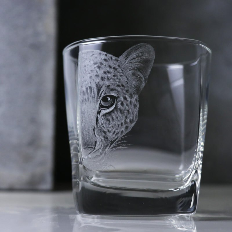 295cc [Leopard] realistic animal jungle leopard whiskey cup