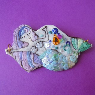 Happy Mermaid embroidery bead embroidered brooch necklace