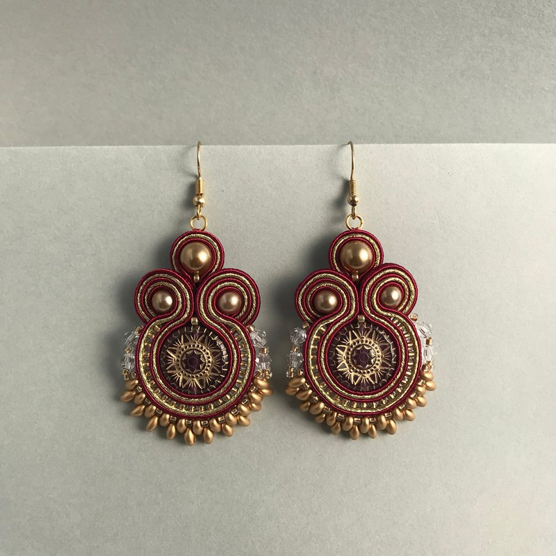 Soutache earrings red × gold ethnic