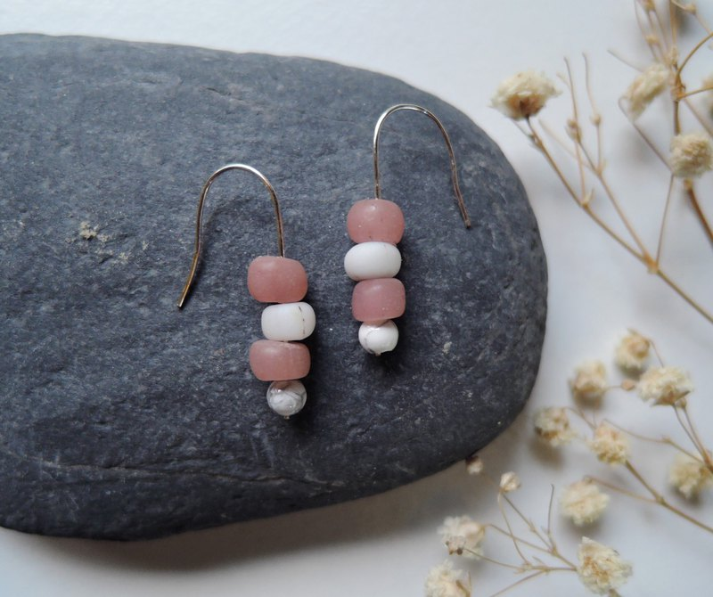 Extremely simple L-shaped cherry pink handmade earrings glass
