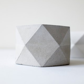 No vision room │ Urban geology Cement small cell gray / white