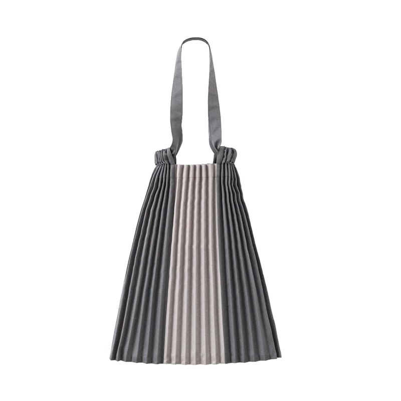 Errorism * 1/3 Pleated colour blocking drawstring tote bag