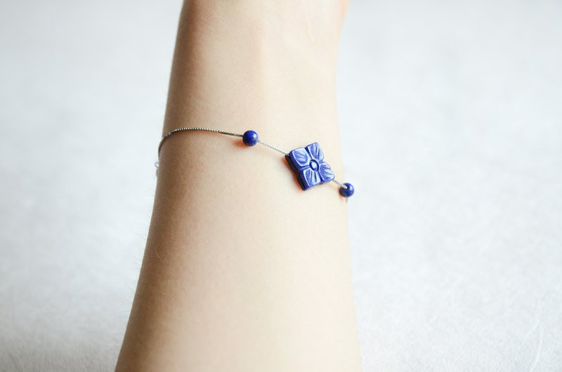[Starry sky] natural lapis lazuli carving four-leaf flower 925 silver fresh bracelet early summer gift