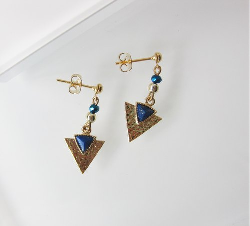 Lapis - Triangle Arrow Spear Pendant Earring