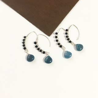 Troilite and Onyx Hook-earring SV925