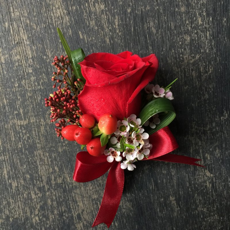 Flower brooch | main wedding boutonniere | red department | custom brooch