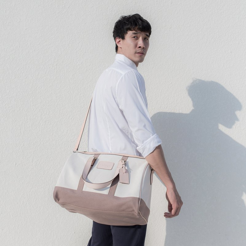 gentlefolk's duffel bag in Brown
