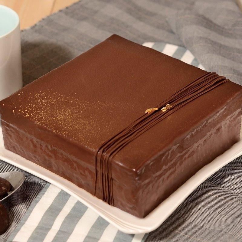 艾波索【巧克力黑金磚方形6吋】蘋果日報蛋糕評比冠軍