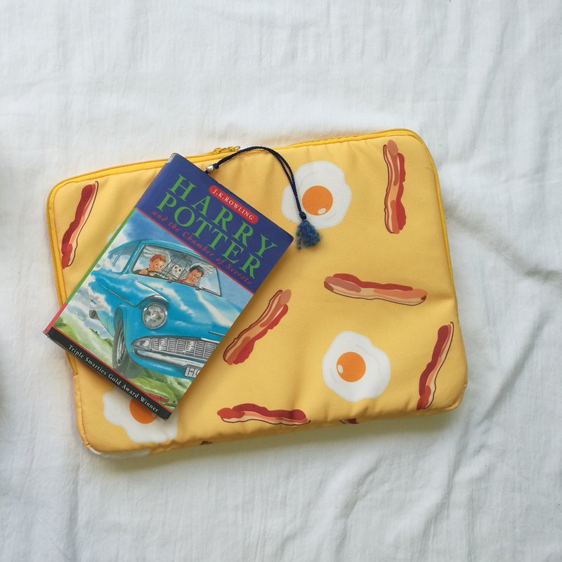 Breakfast Soft Case (Yellow) : 13 inches