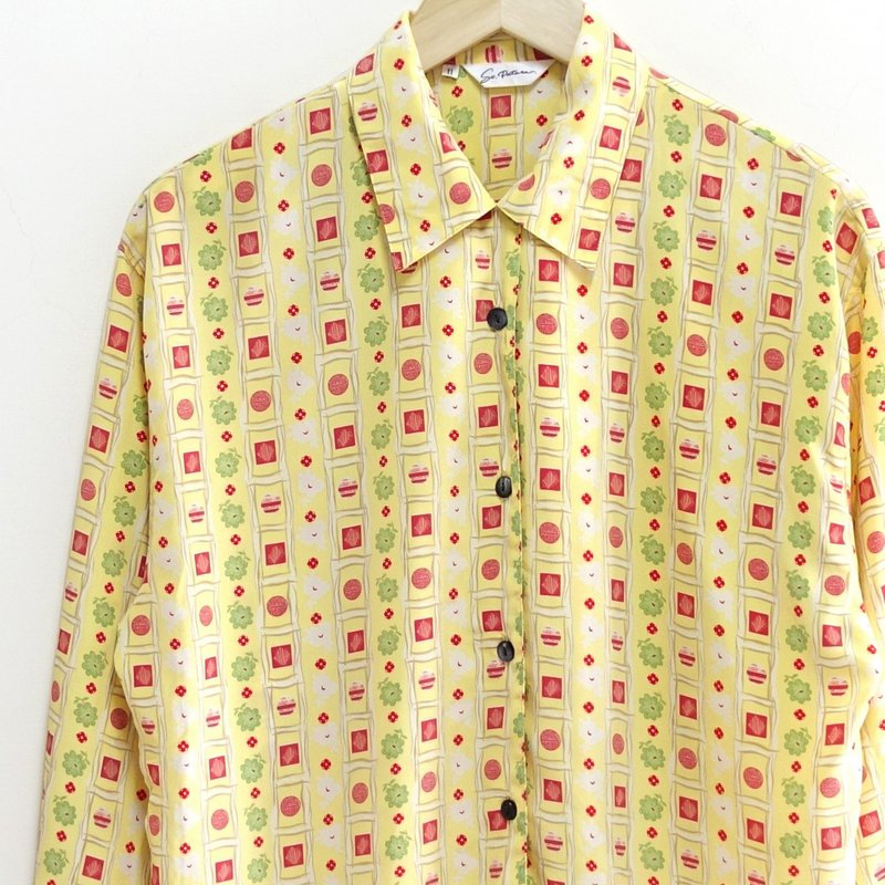 │Slowly│ hydrangea - vintage shirt │vintage. Vintage. Art. Made in Japan