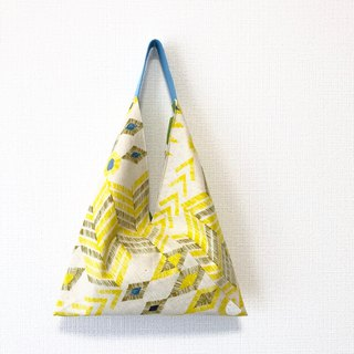 手提-shaped handbag / Japanese origami bag - yellow geometry + green dot