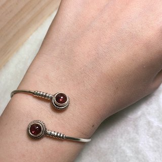 Tourmaline Bangle in Simple design Handmade in Nepal 92.5% Silver