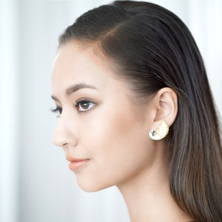 Ivory white swan earrings