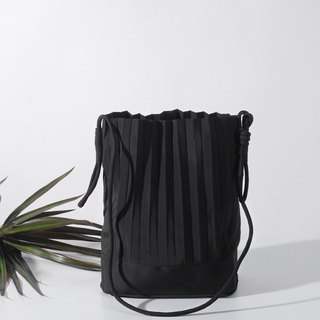 aPaddy Bucket Bag in Black