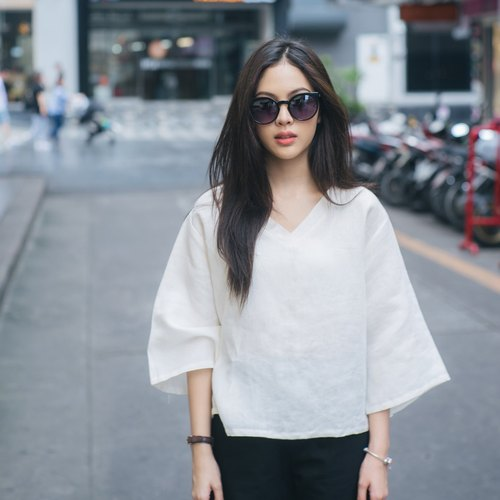 V-Neck Linen Shirt - Simply Off-White