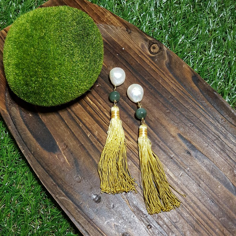 Vintage Doll: Retro Yellow Tassel Dangling Earrings with Fresh Water Pearls & Jade (925 Silver/Handmade/Party)
