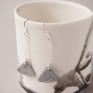 Porcelain earrings gray feeling