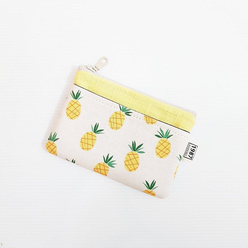 【小鳳梨(黃)】 少女系!!! 零錢包 手拿包 隨身包 拉鏈袋 聖誕禮物