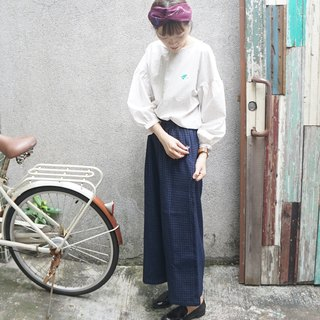 for natalie :) Put a cat in pocket - dark blue cotton embroidered cowboy loose pants