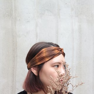 Wave light / yellow brown / hand cross hair band