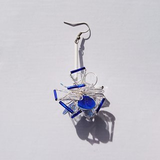 <Wave> unilateral modeling handmade design resin earrings / hanging paragraph / earring / accessories