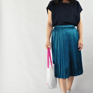 Flat 135X Taiwanese designers green-white pleated skirt pleated skirt spring must-gloss elastic waist relaxed and comfortable with good