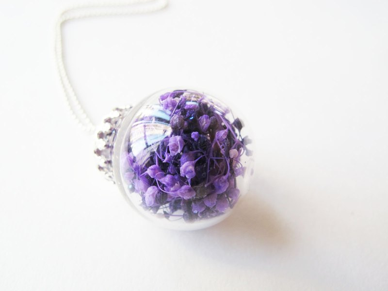 *Rosy Garden* double purple color baby's breath glass ball necklace