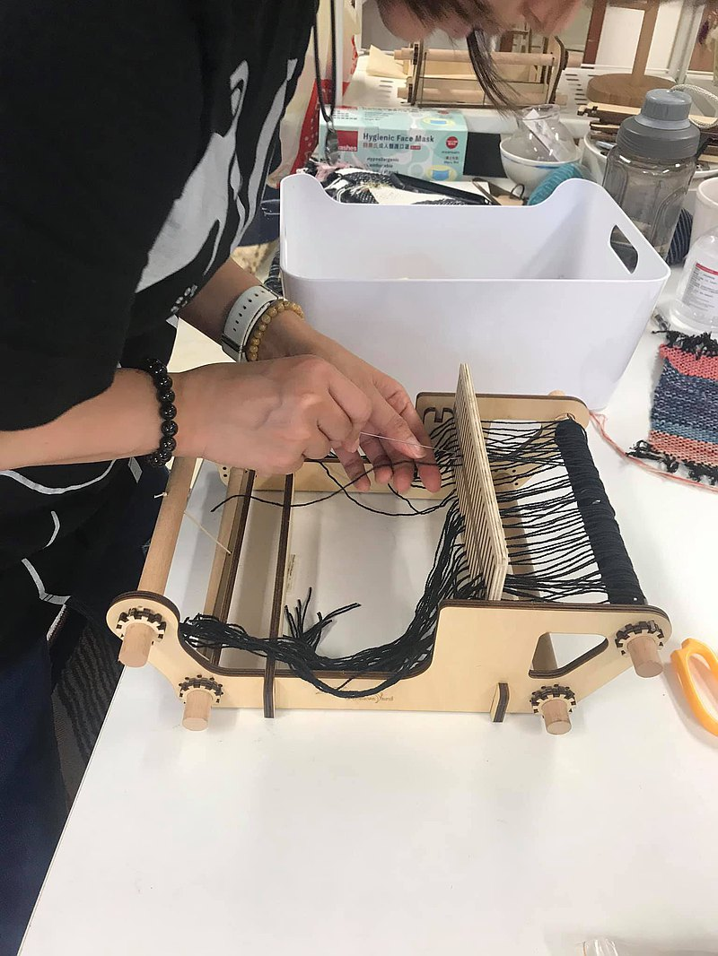【Workshops】Mini loom course weaving workshop one person in a group