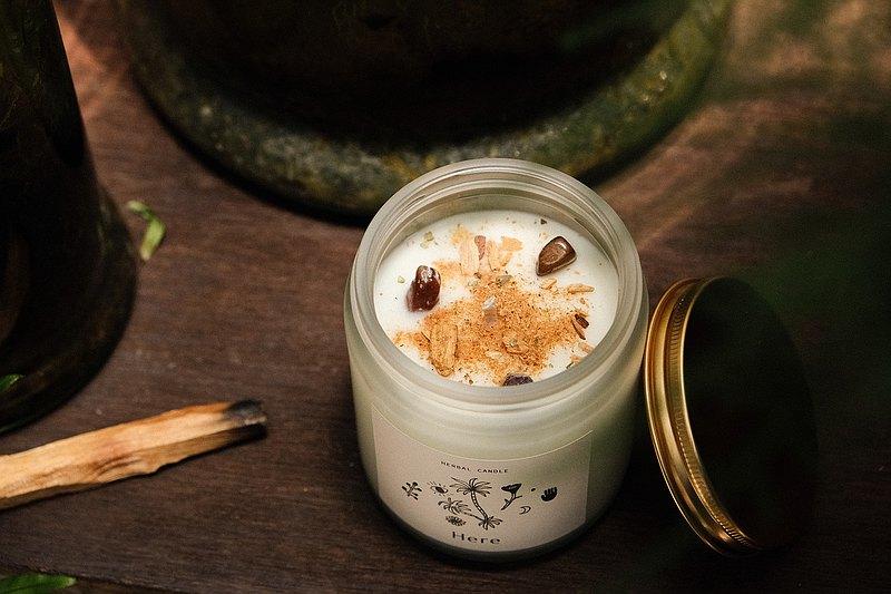 CLEAR&CREATE 水晶花草能量香氛蠟燭145g 秘魯聖木