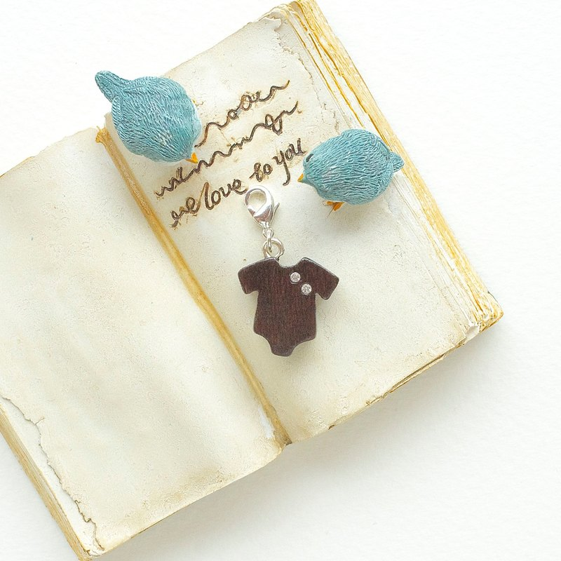 Baby clothes wooden charm