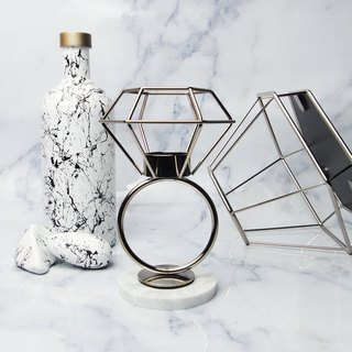 Experimental plan / zero 壹 / geometric lines - diamond candlestick jewelry table - champagne