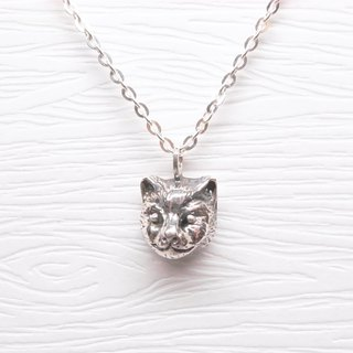 Two hair silver [realistic cat Babi head necklace]