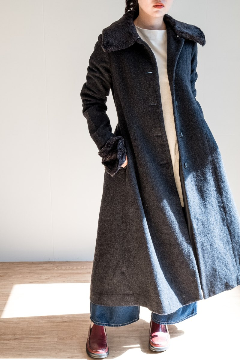 Vintage Coat / Wool No.37