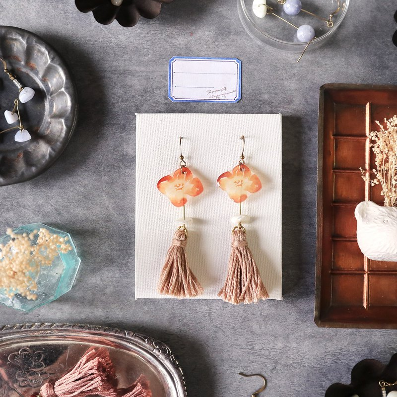 Flower collection book handmade earrings - caramel milk tea shell stone can be changed