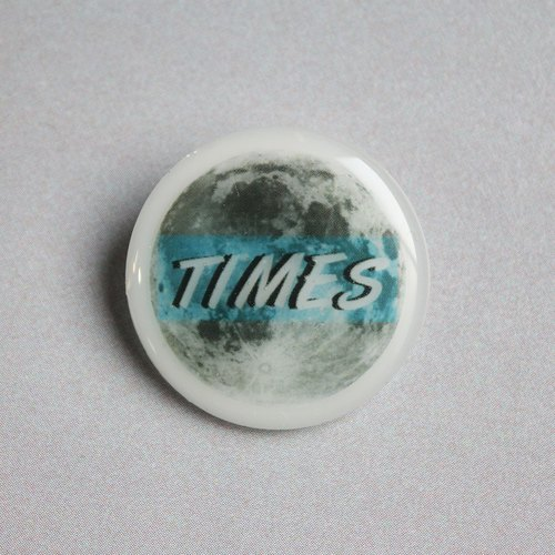 Resin Pin / objects / TIME