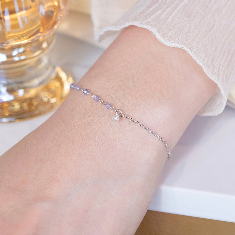Tanzanite 925 Sterling Silver Asymmetric Design Pearl Tears Bracelet