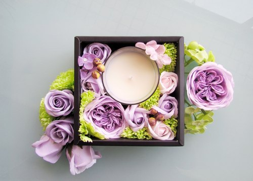 Flower and Fragrance-Soap and Fragrance Candle Gift Box [March Cherry Blossom]