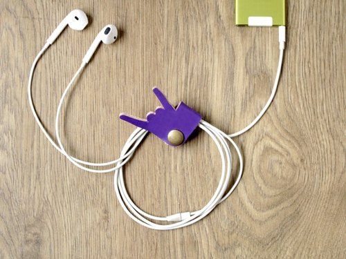 Please do not stop the music / rock down iPhone headphone cable storage / handmade leather headphone hub (purple)