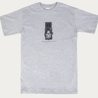 Final Sale T-Shirt - Vintage Cmera Yashica-12 TLR
