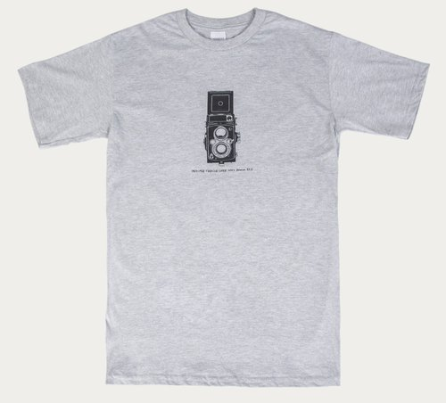 T-Shirt :Vintage Cmera Yashica-12 TLR (Black/Gray Colors)