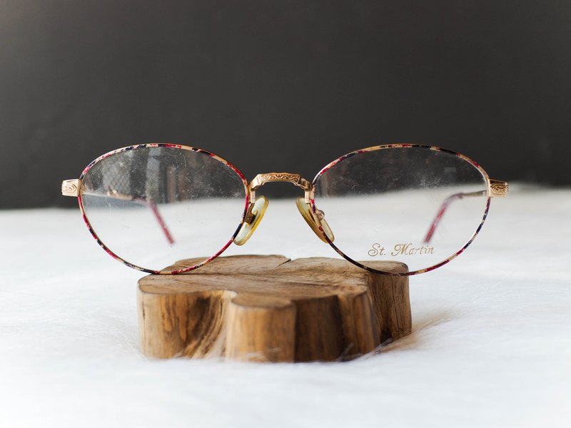 Heshui Mountain - Yeouido Broken Point Engraved Spring Breeze Gold Carving Mirror Elliptical Frame Glasses Japan Japan Student Oval Frame Glasses