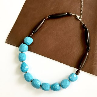Magnesite turquoise and Ebony Necklace