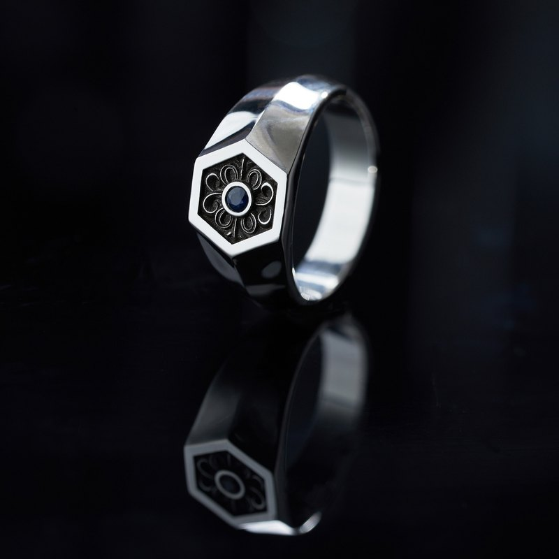 Exclusive-Azoth | Baroque Hex Ring Sapphire