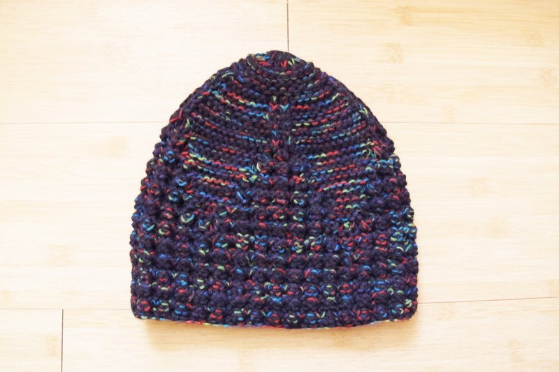 Lan wool hat (blue and gray bottom orange flowers yarn)