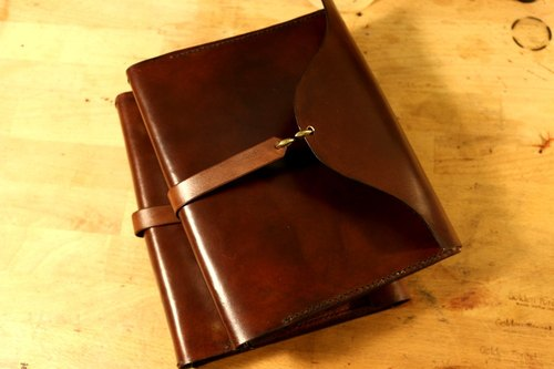 Golden Forest handmade leather original leather coffee wine red A5 notepad cowhide leather loose-leaf notebook gift Pinkoi