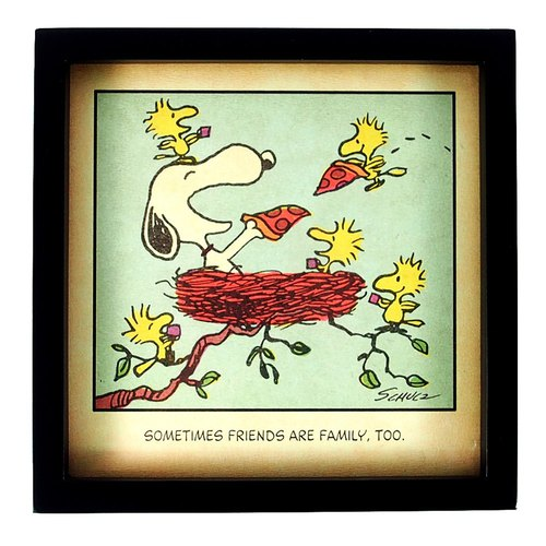 Snoopy comic decoration - a friend is a family [Hallmark-Peanuts comic ornaments]