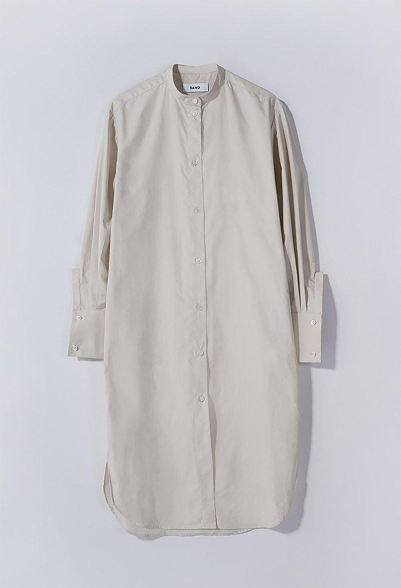 米色棉府綢襯衫裙
