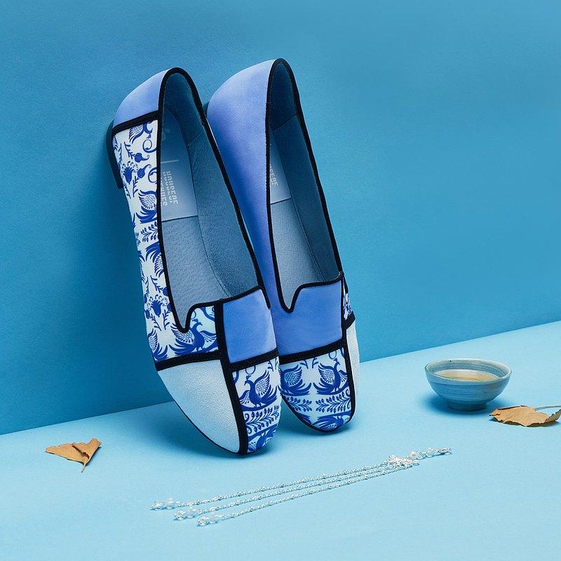 | HOA | 小方頭印花拼接平底鞋 | 藍色 | 5381 |